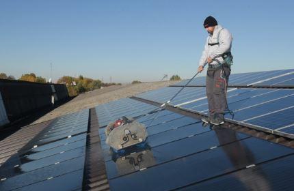 manutenzione-lavaggio-pulizia-pannelli-fotovoltaici-sep-energia